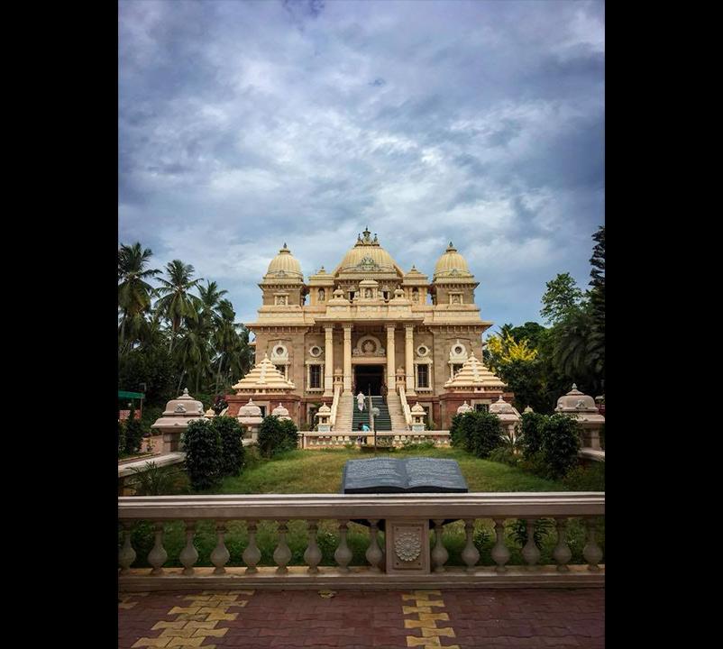 Ramakrishna-math-interior-residence-in-chennai