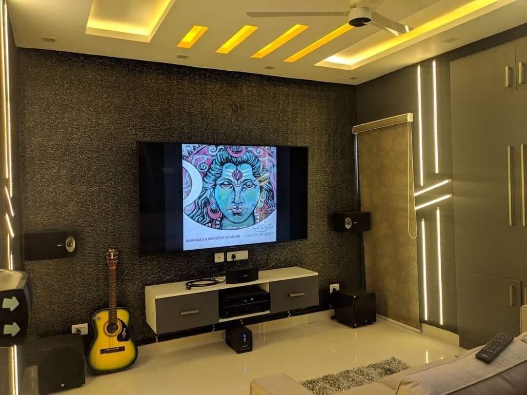 near by interior designer